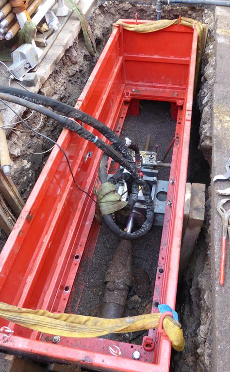 Pipe pulling into the pit