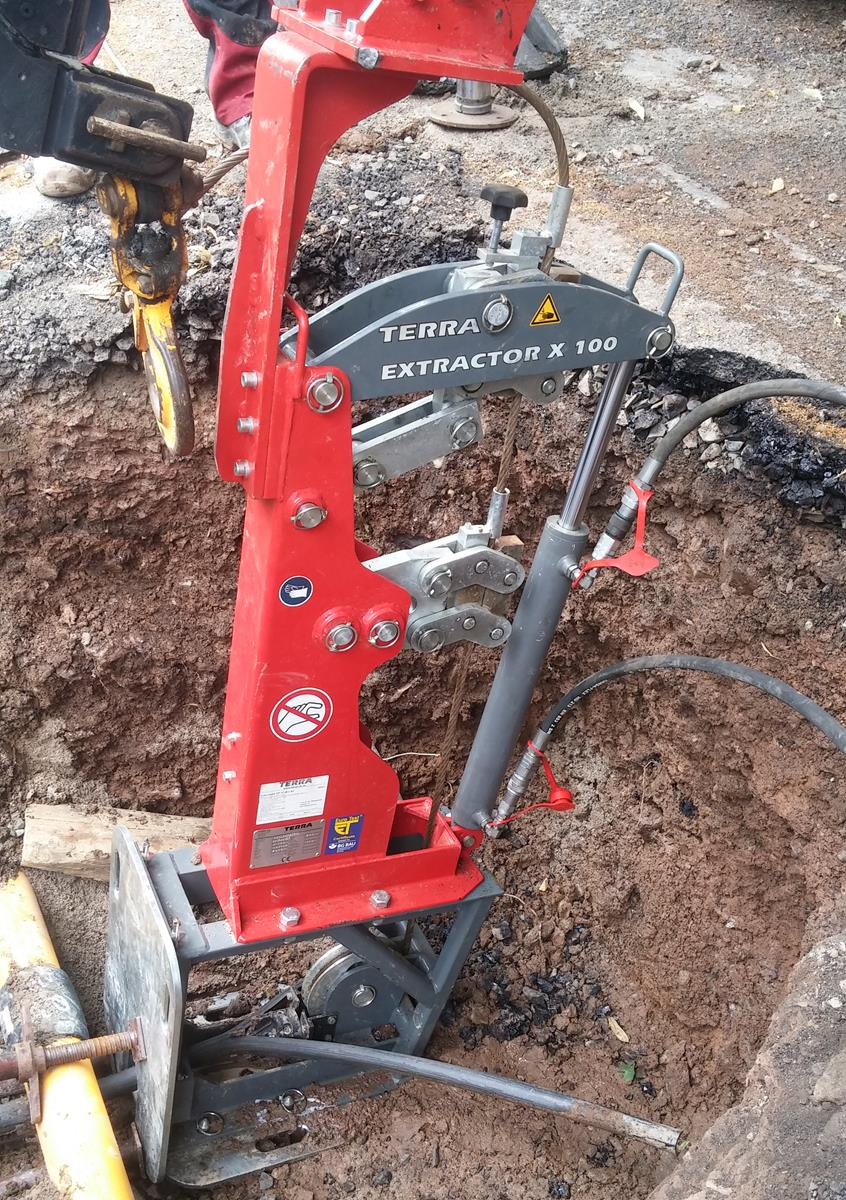 Power supply by mini-excavator or backhoe